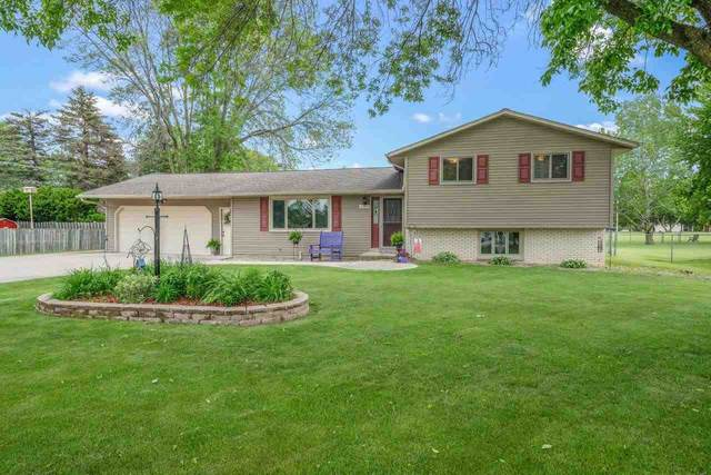 2689 Clive Street, Green Bay, WI 54313 (#50241420) :: Todd Wiese Homeselling System, Inc.
