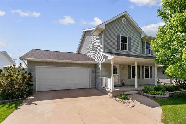 1225 Pheasant Creek Drive, Oshkosh, WI 54904 (#50241437) :: Carolyn Stark Real Estate Team