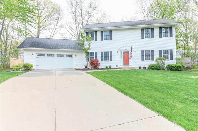 912 Nevermind Court, Waupaca, WI 54981 (#50241450) :: Todd Wiese Homeselling System, Inc.