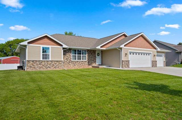 235 Mckenzie Lane, Green Bay, WI 54311 (#50241512) :: Todd Wiese Homeselling System, Inc.