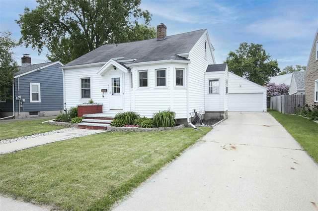 633 9TH Street, Menasha, WI 54952 (#50241532) :: Carolyn Stark Real Estate Team