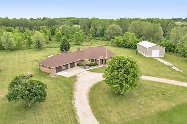 3870 Leanna Lane, Green Bay, WI 54311 (#50241533) :: Carolyn Stark Real Estate Team
