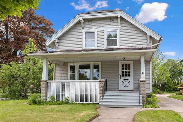 618 N 9TH Street, Manitowoc, WI 54220 (#50241555) :: Carolyn Stark Real Estate Team
