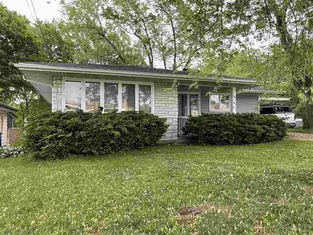 909 S Fisk Street, Green Bay, WI 54304 (#50241588) :: Carolyn Stark Real Estate Team