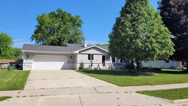 422 Fawn Drive, Brillion, WI 54110 (#50241625) :: Carolyn Stark Real Estate Team