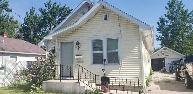 320 Grandview Avenue, Menasha, WI 54952 (#50241641) :: Carolyn Stark Real Estate Team