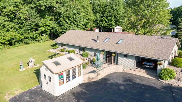 E6069 Hwy Bb, Manawa, WI 54949 (#50241644) :: Carolyn Stark Real Estate Team