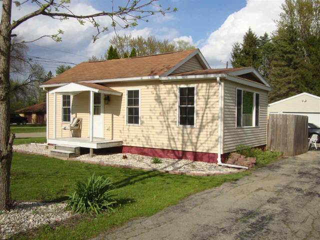1394 Conrad Street, Oshkosh, WI 54904 (#50241645) :: Carolyn Stark Real Estate Team