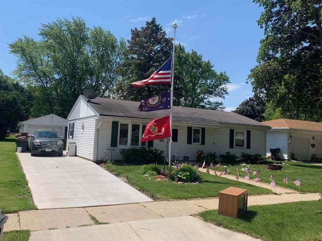 221 Wisconsin Avenue, Brillion, WI 54110 (#50241666) :: Carolyn Stark Real Estate Team