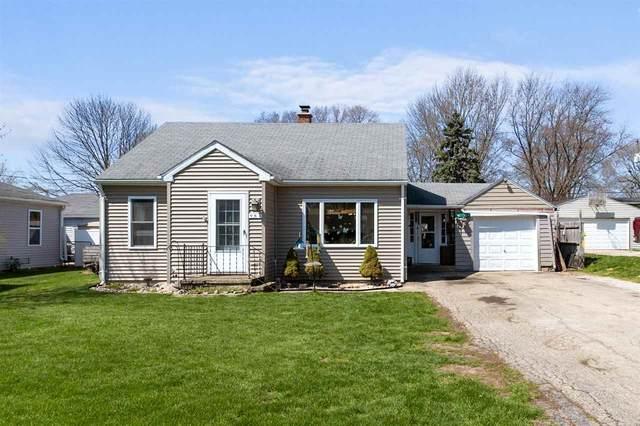 984 Claude Street, Menasha, WI 54952 (#50241668) :: Ben Bartolazzi Real Estate Inc