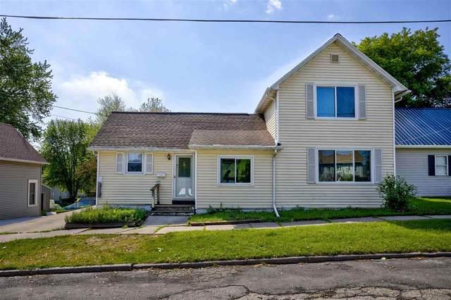608 George Street, Kaukauna, WI 54130 (#50241670) :: Carolyn Stark Real Estate Team