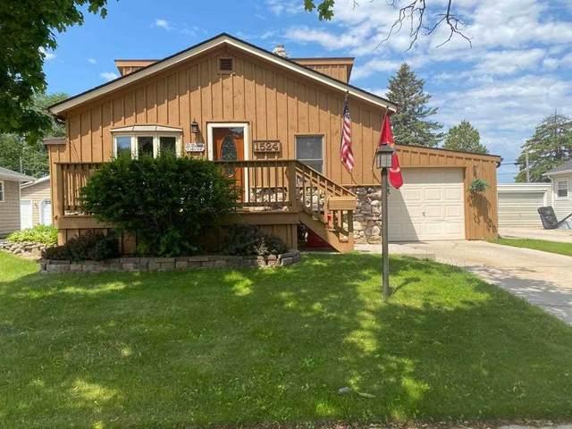 1524 N 23RD Street, Manitowoc, WI 54220 (#50241672) :: Todd Wiese Homeselling System, Inc.