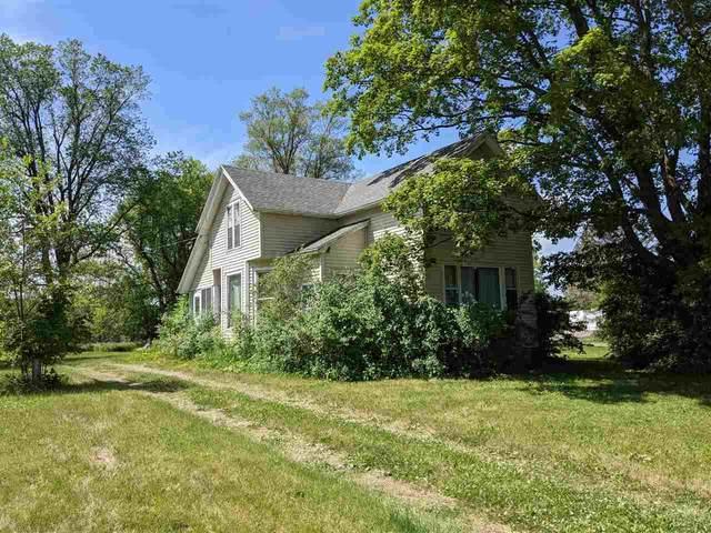 5401 Hwy K, Oshkosh, WI 54904 (#50241677) :: Carolyn Stark Real Estate Team