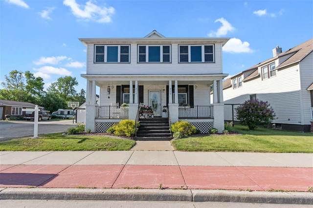 213 W Pulaski Street, Pulaski, WI 54162 (#50241700) :: Symes Realty, LLC