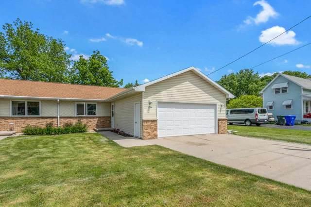 704 W 10TH Street, Kaukauna, WI 54130 (#50241730) :: Carolyn Stark Real Estate Team
