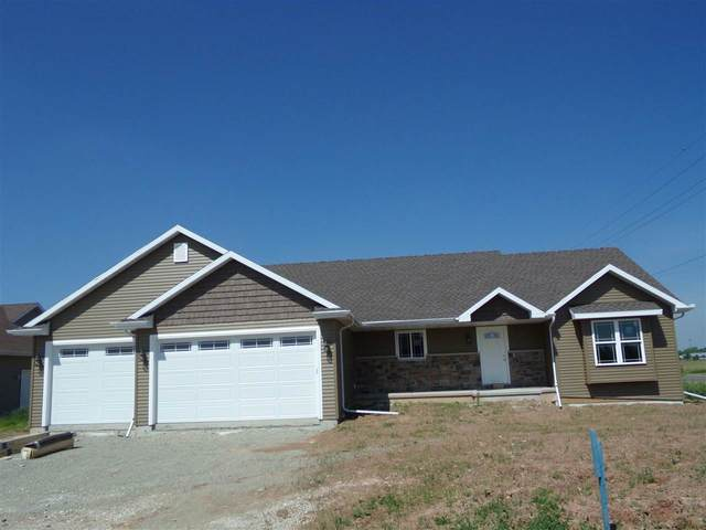 3925 Don Degroot Drive, Little Chute, WI 54140 (#50241741) :: Dallaire Realty