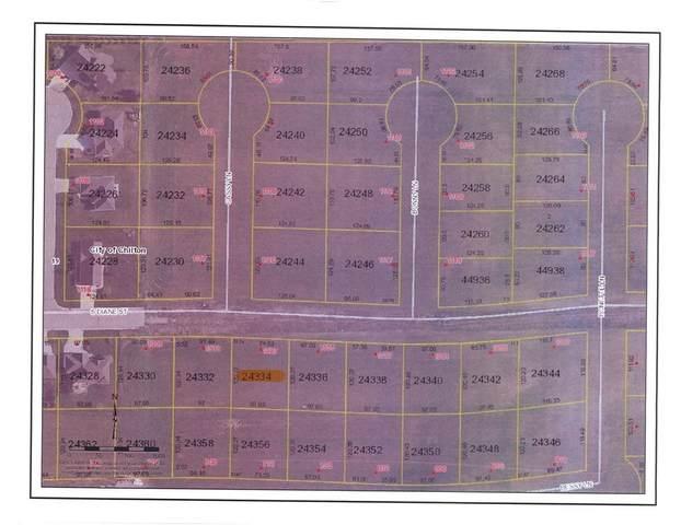 1327 S Diane Street, Chilton, WI 53014 (#50241795) :: Carolyn Stark Real Estate Team