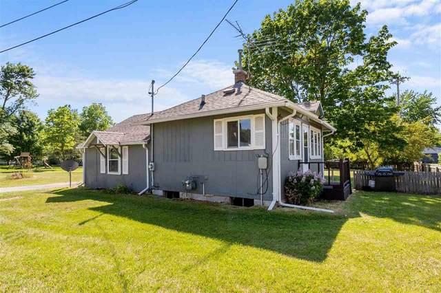 305 Ash Street, Manawa, WI 54949 (#50241875) :: Ben Bartolazzi Real Estate Inc