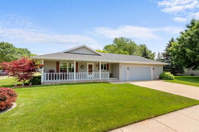 800 S Sunshine Drive, Appleton, WI 54915 (#50241876) :: Dallaire Realty