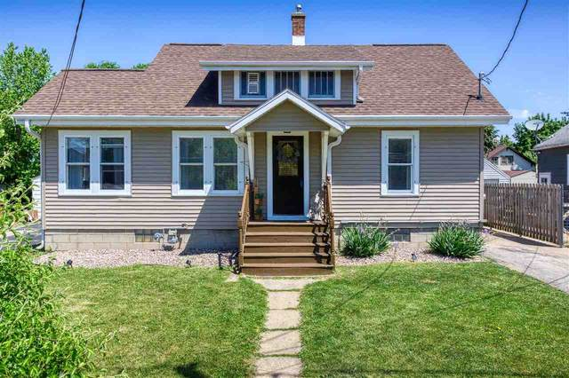 204 W 4TH Street, Menasha, WI 54952 (#50241891) :: Ben Bartolazzi Real Estate Inc