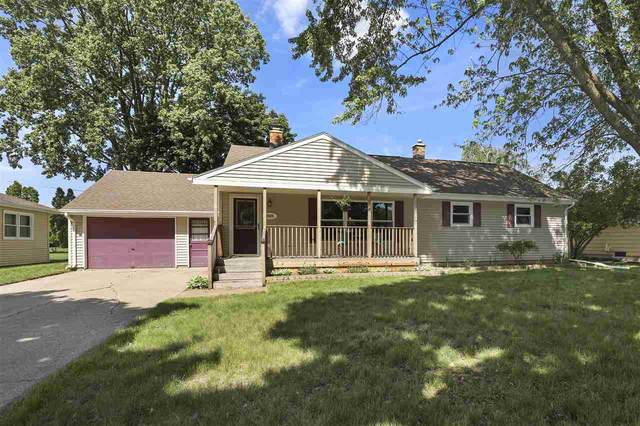 2525 N Lillian Court, Appleton, WI 54911 (#50241926) :: Dallaire Realty