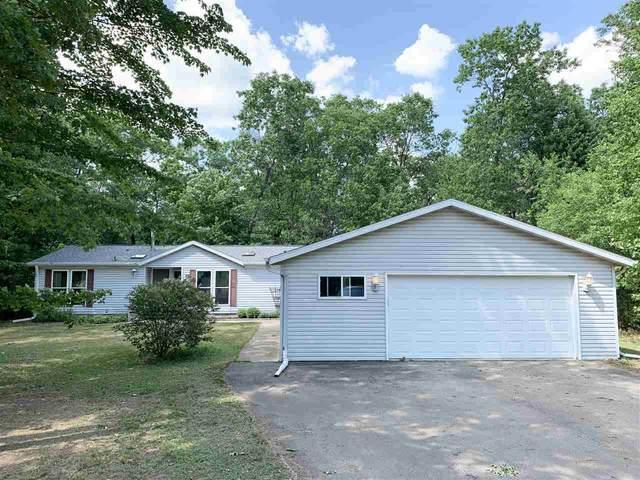 W5100 Northwood Drive, Shawano, WI 54166 (#50241930) :: Carolyn Stark Real Estate Team