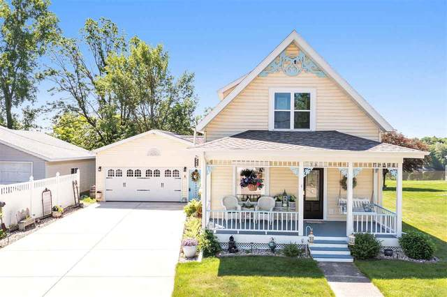 713 Park Street, Wrightstown, WI 54180 (#50241944) :: Symes Realty, LLC