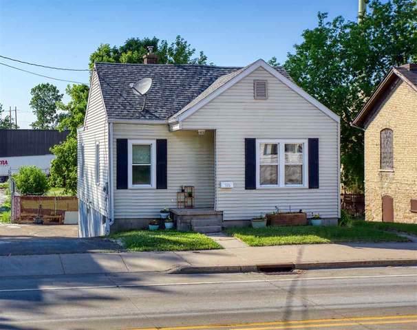 378 Ahnaip Street, Menasha, WI 54952 (#50241965) :: Carolyn Stark Real Estate Team