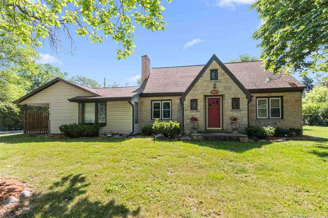 3801 S Webster Avenue, ALLOUEZ, WI 54301 (#50242003) :: Todd Wiese Homeselling System, Inc.