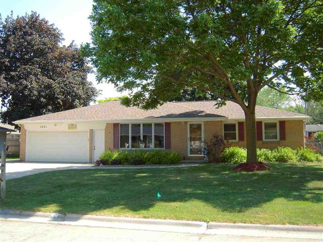 1521 Careful Drive, Green Bay, WI 54304 (#50242007) :: Symes Realty, LLC