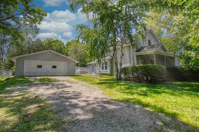 1535 Riverside Drive, Suamico, WI 54173 (#50242022) :: Carolyn Stark Real Estate Team