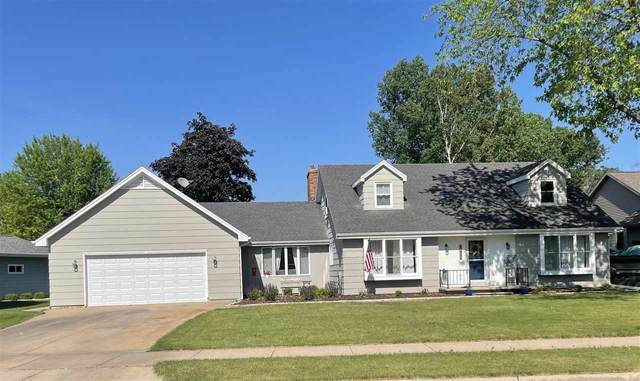 1230 Camden Lane, Oshkosh, WI 54904 (#50242038) :: Carolyn Stark Real Estate Team