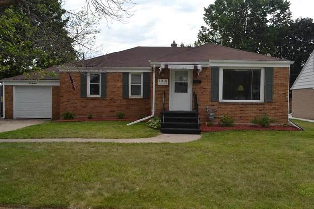 1019 S Oneida Street, Green Bay, WI 54304 (#50242070) :: Symes Realty, LLC