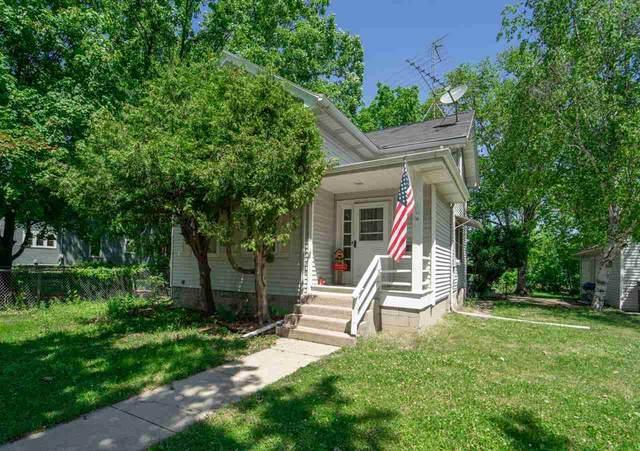 922 W New York Avenue, Oshkosh, WI 54901 (#50242076) :: Carolyn Stark Real Estate Team