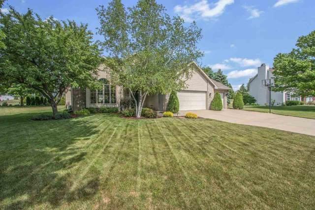 1360 Creekside Lane, Green Bay, WI 54311 (#50242079) :: Symes Realty, LLC