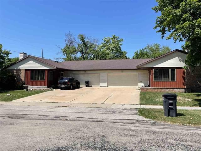 1214 Coolidge Avenue, Oshkosh, WI 54902 (#50242085) :: Symes Realty, LLC