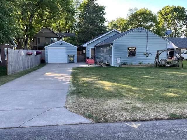 1024 Birch Lane, Oshkosh, WI 54904 (#50242140) :: Town & Country Real Estate