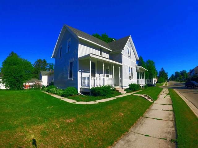 823 Ellis Street, Kewaunee, WI 54216 (#50242150) :: Todd Wiese Homeselling System, Inc.
