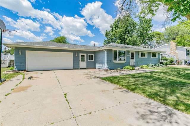 1216 Deerfield Avenue, Menasha, WI 54952 (#50242166) :: Ben Bartolazzi Real Estate Inc