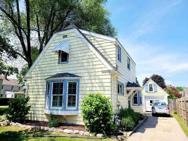 308 W Bent Avenue, Oshkosh, WI 54901 (#50242176) :: Town & Country Real Estate