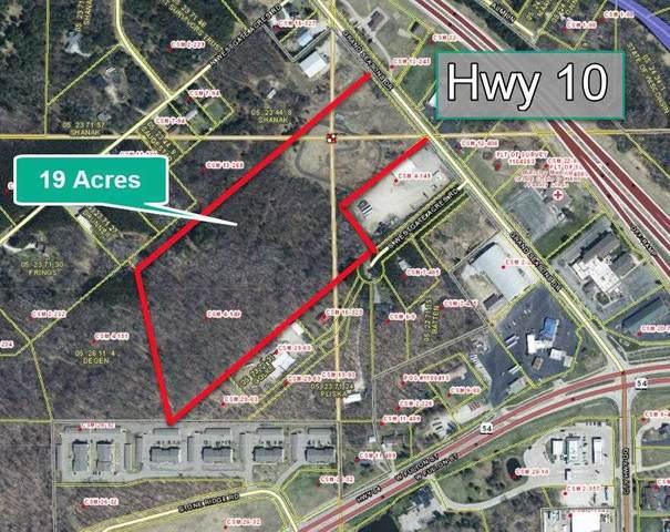 251 Grand Seasons Drive, Waupaca, WI 54981 (#50242213) :: Todd Wiese Homeselling System, Inc.