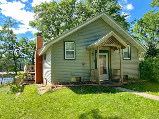11851 Arrick Lane, Suring, WI 54174 (#50242228) :: Carolyn Stark Real Estate Team