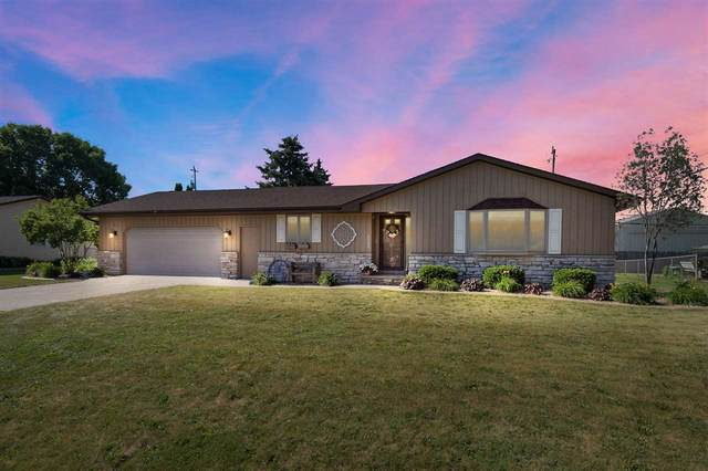 2103 Winwood Drive, Appleton, WI 54915 (#50242274) :: Ben Bartolazzi Real Estate Inc