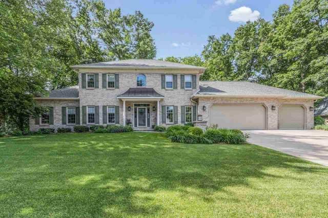 1475 Bradbury Court, Green Bay, WI 54313 (#50242277) :: Todd Wiese Homeselling System, Inc.