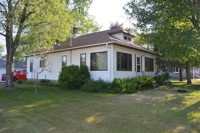 515 E Main Street, Weyauwega, WI 54983 (#50242302) :: Carolyn Stark Real Estate Team