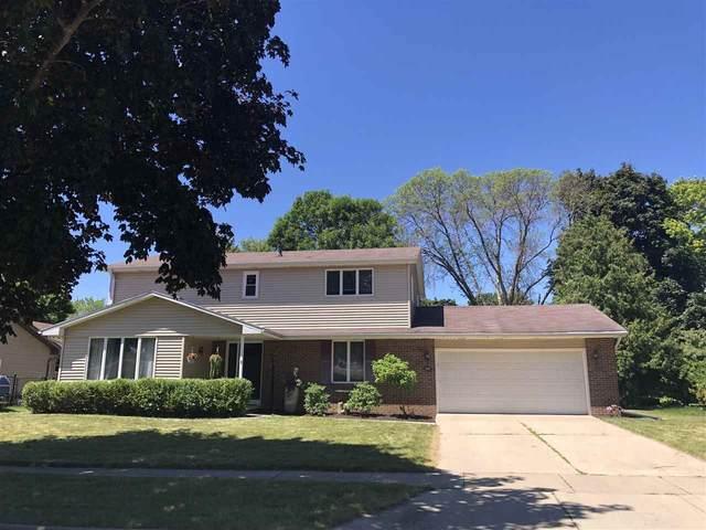 3107 N Peach Tree Lane, Appleton, WI 54911 (#50242327) :: Todd Wiese Homeselling System, Inc.