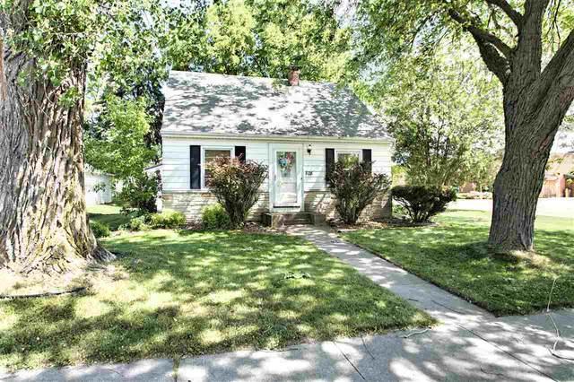 808 W Weiland Avenue, Appleton, WI 54914 (#50242330) :: Todd Wiese Homeselling System, Inc.