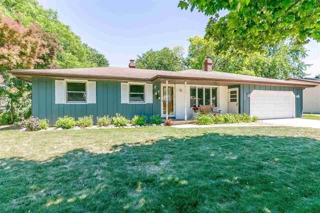 3020 N Rankin Street, Appleton, WI 54911 (#50242375) :: Todd Wiese Homeselling System, Inc.