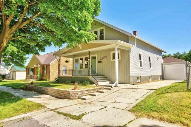 1323 Swift Avenue, Sheboygan, WI 53085 (#50242392) :: Carolyn Stark Real Estate Team