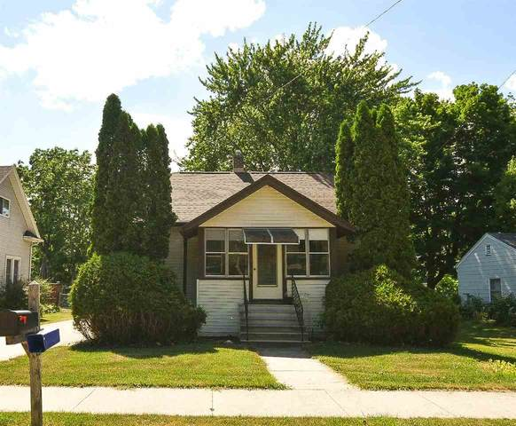 1917 Vinland Street, Oshkosh, WI 54901 (#50242429) :: Carolyn Stark Real Estate Team